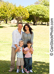 肖像画, の, a, 家族, 公園