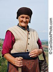 肖像画, の, a, 非常に, 古い 女性, 屋外で