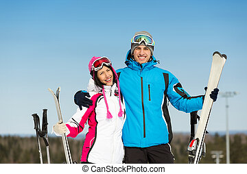 肖像画, スキーヤー, 半分長さ, 下り坂に, 抱き合う