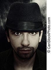 肖像画 人の帽子, 若い