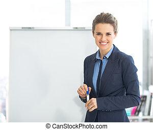 肖像画, 微笑の 女性, flipchart, ビジネス