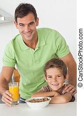 肖像画, 持つこと, 父, 朝食, 息子