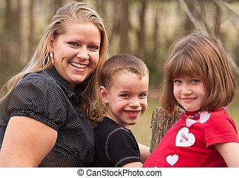 肖像画, 母, 子供, 屋外で