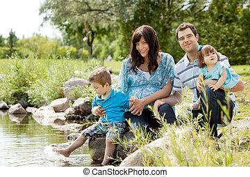 肖像画, 湖, 家族
