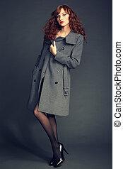 肖像, ......的, 年輕婦女, 在, 秋天, 外套