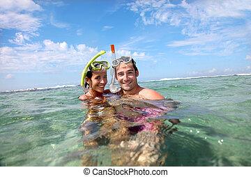 肖像, ......的, 幸福的對, 做, snorkeling