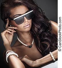 肖像, ......的, 美麗, 黑發淺黑膚色女子, 女孩, 由于, 卷曲, hair.