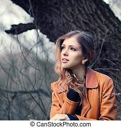 肖像, ......的, a, 美麗, 女孩, 在公園, 在, 春天