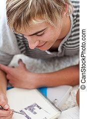 肖像, ......的, a, 青少年, 人, 做, 家庭作業