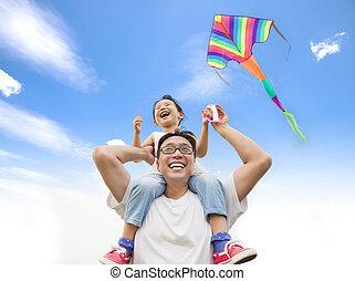 肩, わずかしか, 彼の, 凧, カラフルである, 父, 女の子, 幸せ