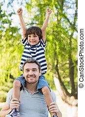 肩, 公園, 届く, 父, 息子, 幸せ
