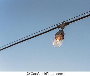 背景, 清楚, 裝飾, 後院, 藍色, 燈泡, 被給打電報, 照明, 單個, 天空