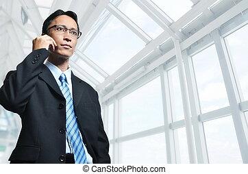 背景, 現代, 成長した, 電話, ポーズを取る, アジア人, 建築である, 内部, ビジネスマン, 細胞