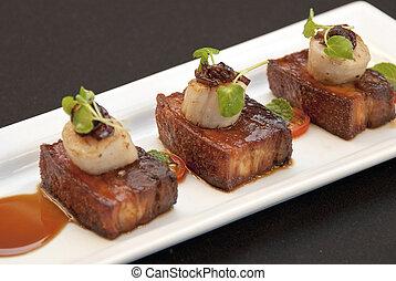 腹, ホタテ貝, ポーク 焼き肉