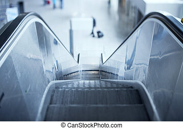 自动楼梯, 在中, 机场