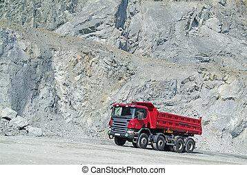 自動傾卸卡車, 在, a, 采石場