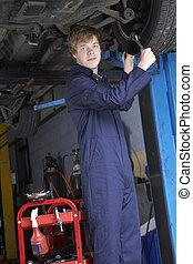 自動車修理工, 仕事