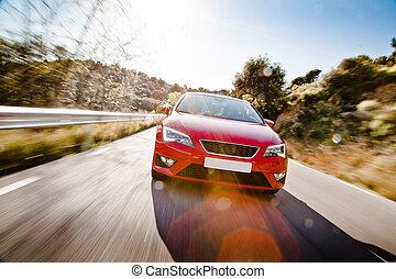 自動車, フルである, くねり, 道, 危ない