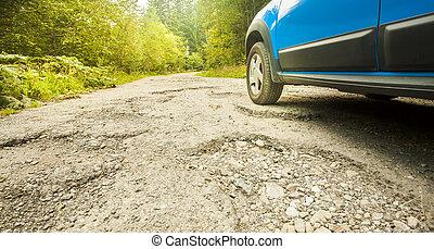 自動車, 割れた, 傷つけられる, 道, 車輪, 秋の森林
