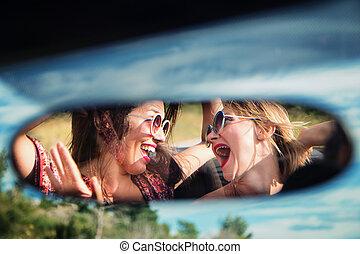 自動車, 女の子, 2, 後部ビュー, 鏡。, 幸せ