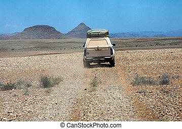 自動車, 運転, 上に, a, 砂利道路