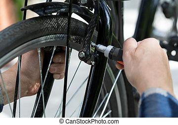 自転車, 人, より古い, 修理, 車輪
