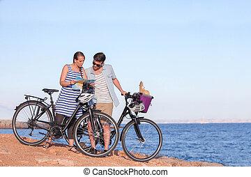自転車, 地図, 見る, 観光客