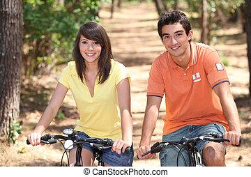 自転車, 若い人々