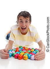 興奮させられた, イースター, 男の子, 卵
