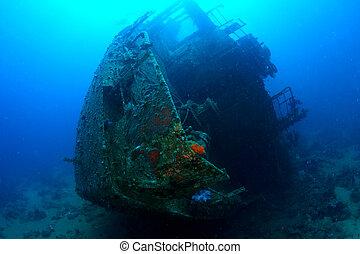 船の大破, k, chrisula