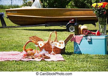 船發射, 天, 野餐