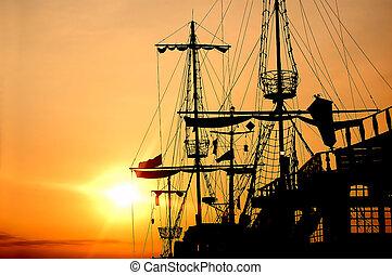 船, 海盜