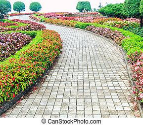 花園, 步行