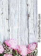 花束, シャクヤク, 呼吸, ピンク, babys, 木製である, 背景, 白い花, 上に, 無作法