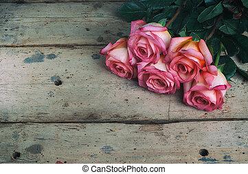 花束, バックグラウンド。, 木製である, ばら