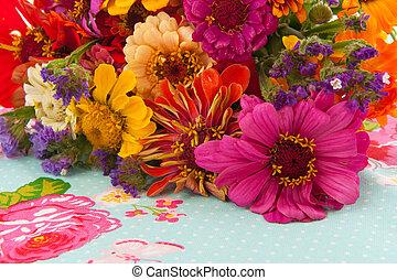 花, カラフルである, 整理