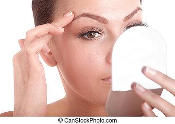 若い女性, に 見ること, 鏡。