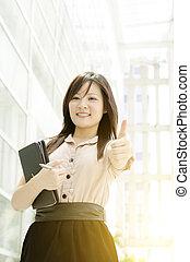 若い女性, アジア人, の上, 親指