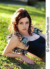 若い女性, 公園にあること