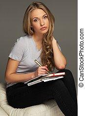 若い女性, 学生, メモをとる, 中に, ノート