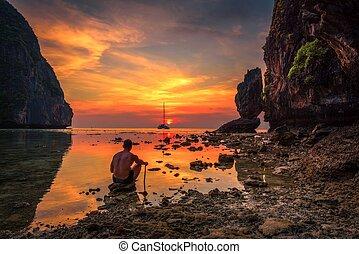若い少年, 楽しむ, 劇的, 日没, ∥において∥, maya, 浜, 中に, タイ
