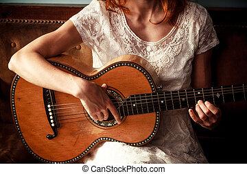 若い, ギターの 演奏, 女