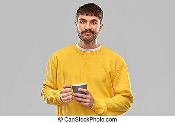 若い, コーヒーカップ, 人, 不快にされる