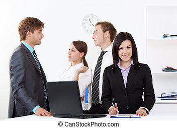 若い, ビジネス 人々, 中に, オフィス