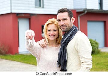 若い, 幸せな カップル, の前, ∥(彼・それ)ら∥, 新しい家