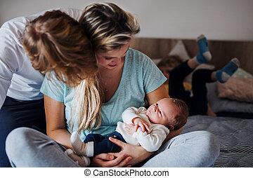 若い, 息子, 生まれたての赤ん坊, 親, 小さい, よちよち歩きの子, home.