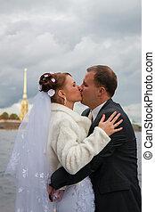 若い, 結婚式の カップル