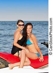 若い, 2人の女性たち, 微笑