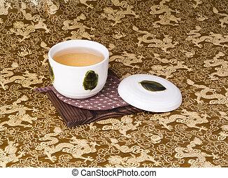 茶具, 綠色的背景