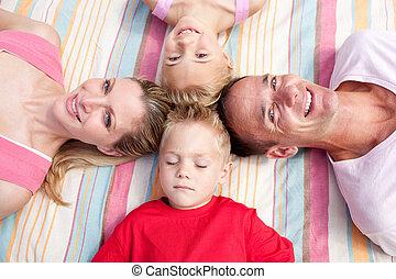 草, 睡眠, あること, 朗らかである, 家族